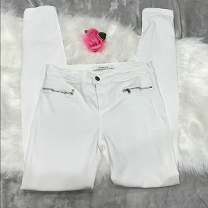 J Brand White Skinny Jeans With Zipper Pockets